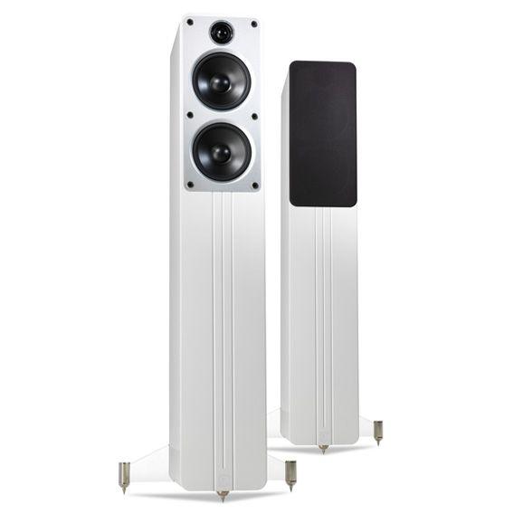 Q Acoustics Concept 40 Stereo Floorstanding Speakers In Gloss White On White Background