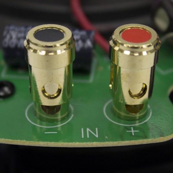 Q Acoustics Terminals Close Ups